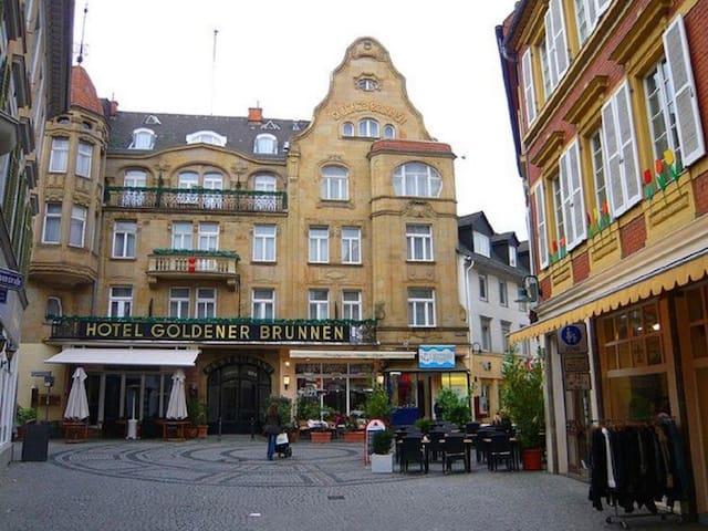 83 m2 Jewel in the heart of the Wiesbaden Altstadt