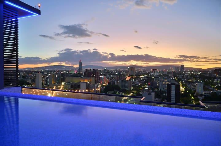 Espectacular vista de GDL! ALBERCA, GYM, UBICACIÓN