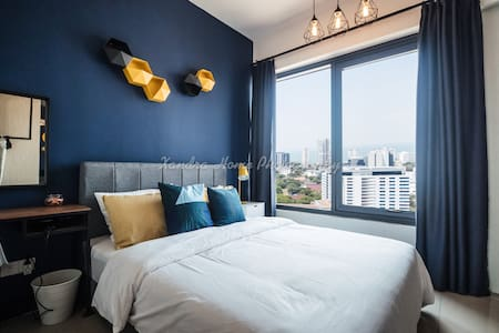 Sea View Modern Suite @ Macalister 218 Georgetown