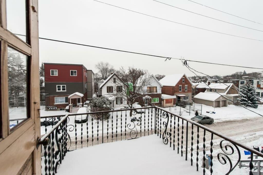 Balcony of the snowy Ottawa winter!!