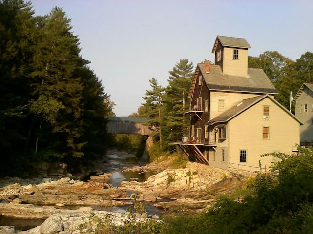 Kingsley Grist Mill, Covered Bridge and Waterfall.