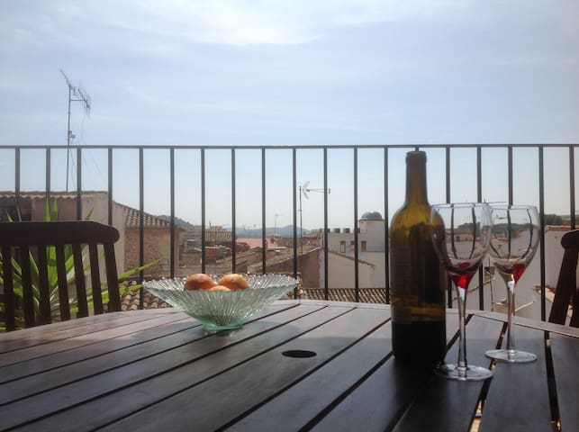 Lovely Apartment with sunny terrace, bikes & WiFi - Algar de Palancia - Lägenhet
