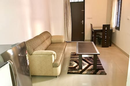 Private Studio with Kitchen near DLF Cyber City! - Gurugram