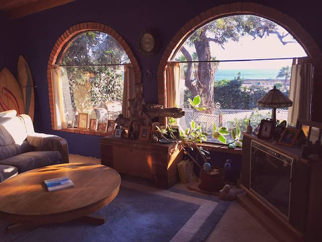 Great ocean view and world class surf. - Ensenada - Huis