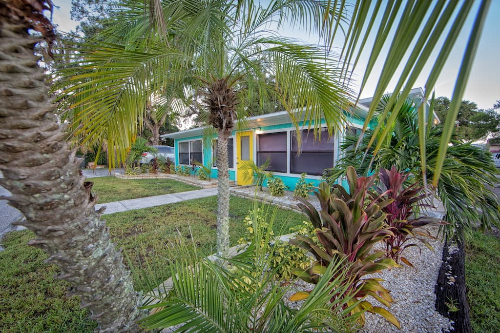 Located at a Tranquil Street and a 3 Minute Walk to the Downtown Safety Harbor
