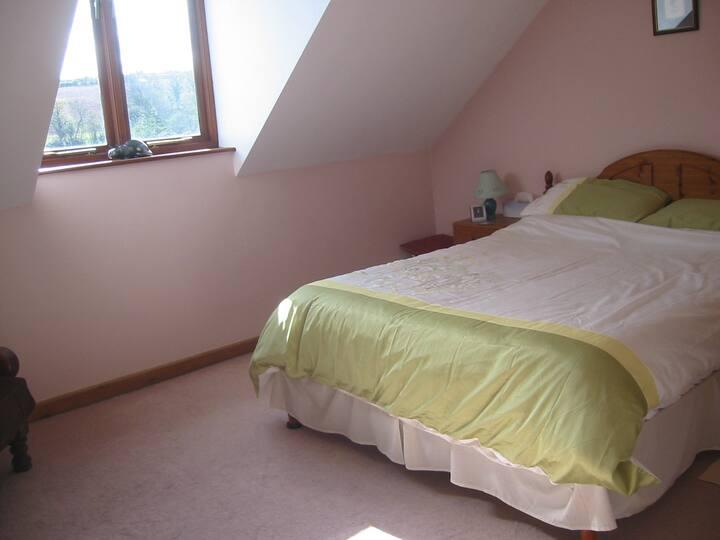 """Fruit"" Bedroom, Longlane House. Laugharne"