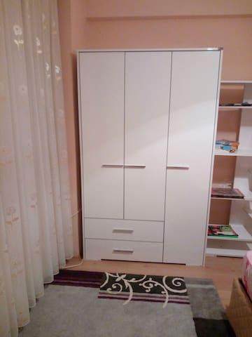 Balçova da iki yataklı oda - İzmir balçova