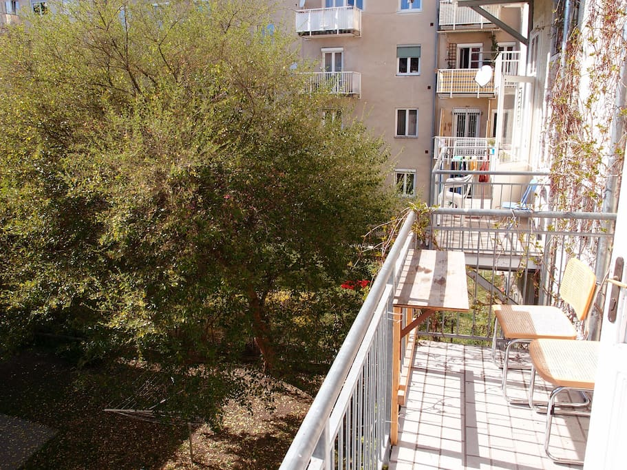 The apartment has two balconies, one of them to the courtyard, inviting for some lazy time with a coffee or a beer.
