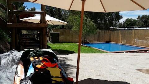 Cabaña-casa Lago Rapel acceso al lago y piscina
