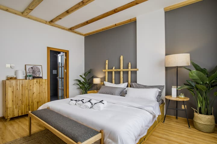liJiang LiYuan Homestay——Intelligent big bed room