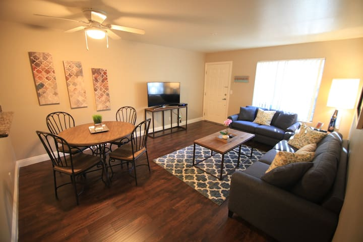 35% Off May and June - Cute 1 bed /summerlin