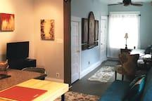 Gallery-esque Apartment Next to Liberty Park