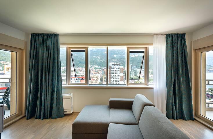 Apartments 2 bedroom seaview