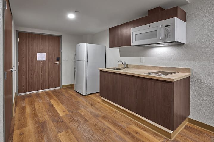 Cozy + Modern Suite | Great location!