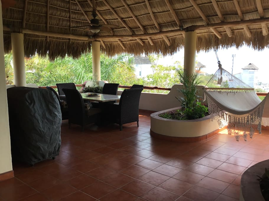 Palapa patio