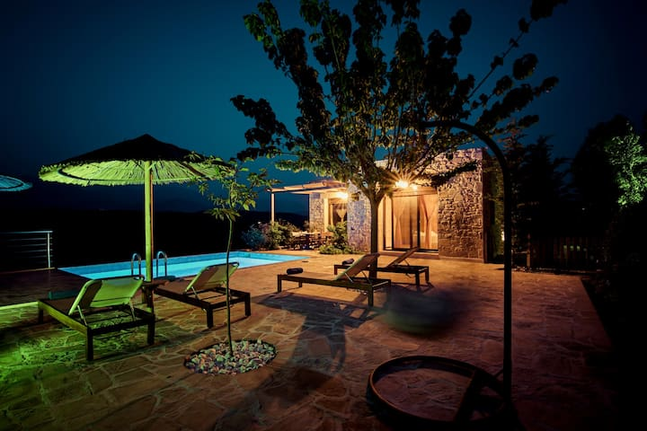 OLIVE villa Taf with private pool