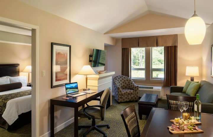 Pretty Suite One Bedroom At Squamish