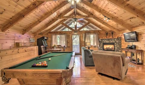 Dream Away Cabin - Lovely, Cozy and Quaint Retreat