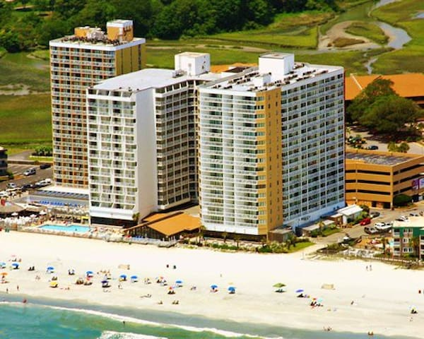 Beautiful 2 Bedroom Beachfront in Myrtle Beach