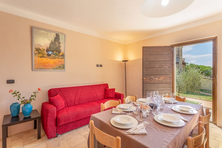 Borgo Pulciano - 1 bedroom apartment for 2 people