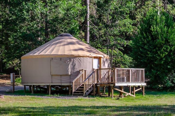 Meadow Yurt /5 NO Pets-MY42