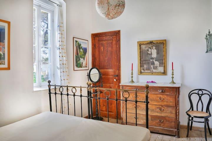 Bedroom No5