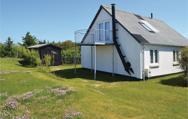 Holiday cottage with 3 bedrooms on 125m² in Snedsted