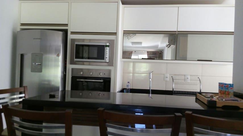 Lindo Apartamento em Camboriú - Camboriú - Departamento