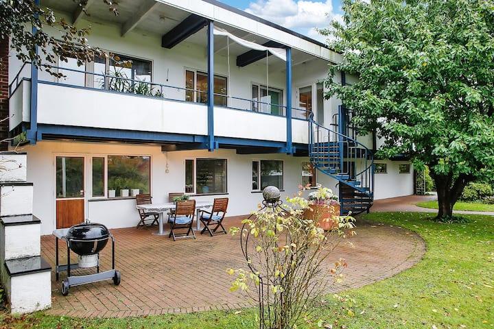 Villa Weibull a twin room