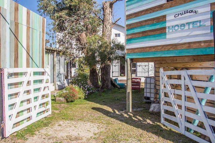 Chillax Hostel Casa de Artistas