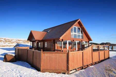 Norðurás Cottage Amazing View - Stykkishólmur - Villa