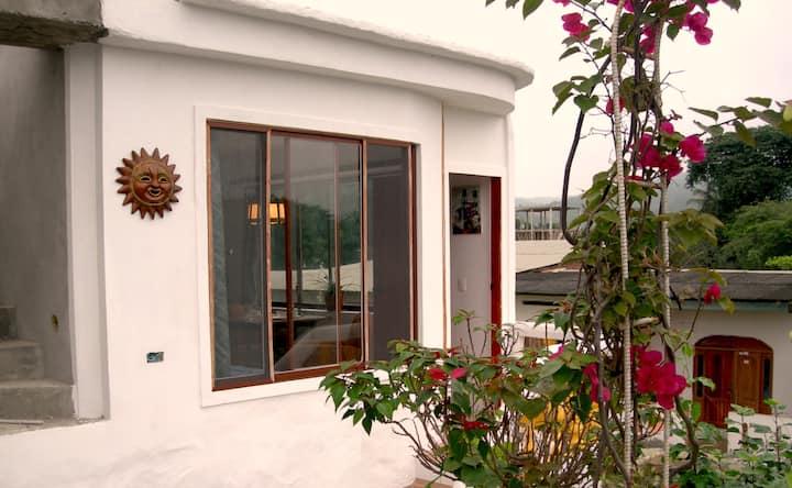 Sunny apartment, close to the beach.