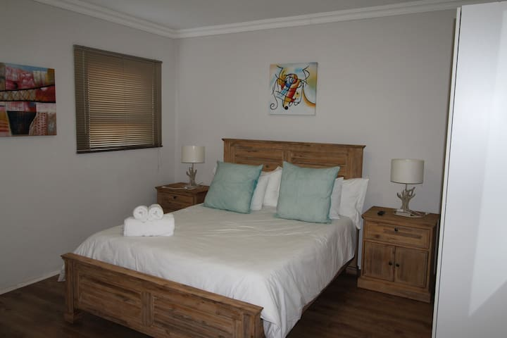 Le Reve Selfcatering Rooms - Kleinmond