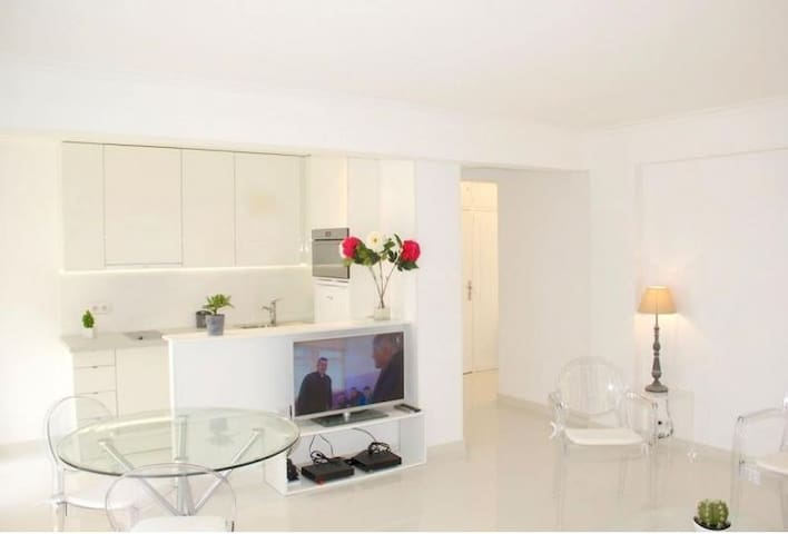 French Riviera Apartment, Cannes, 1 Bedroom