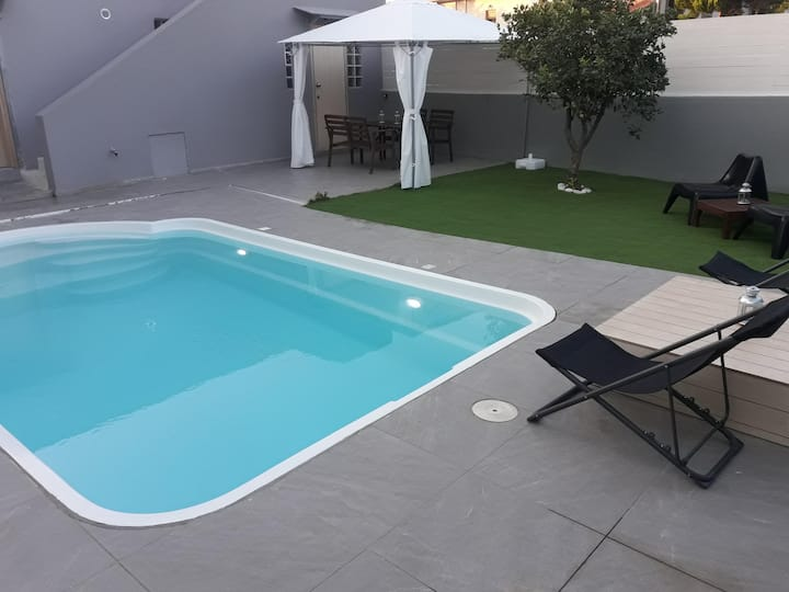 GR-01. Lemon Tree boutique apts. Private POOL