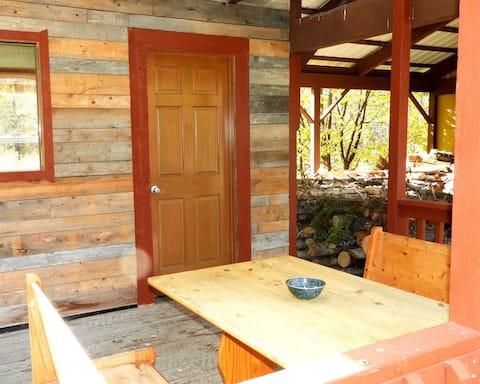 Alaska Forest & Trail - River Cabin 3
