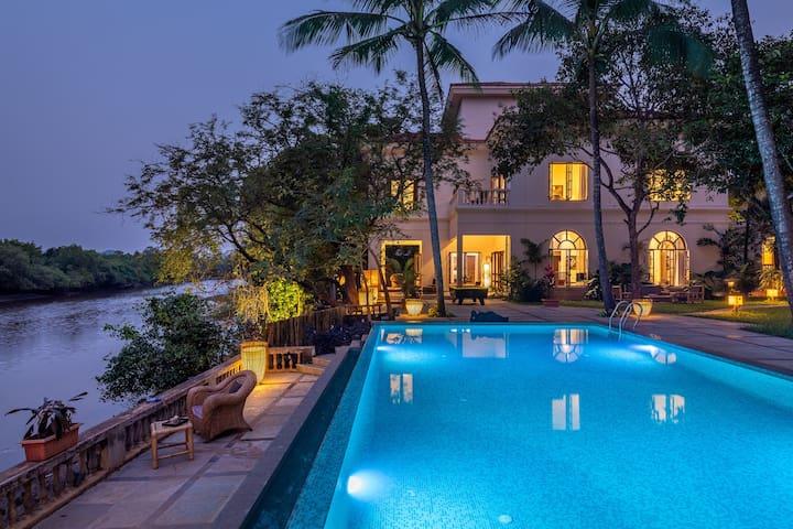 Luxurious 7 BHK Riverfront Villa in Candolim