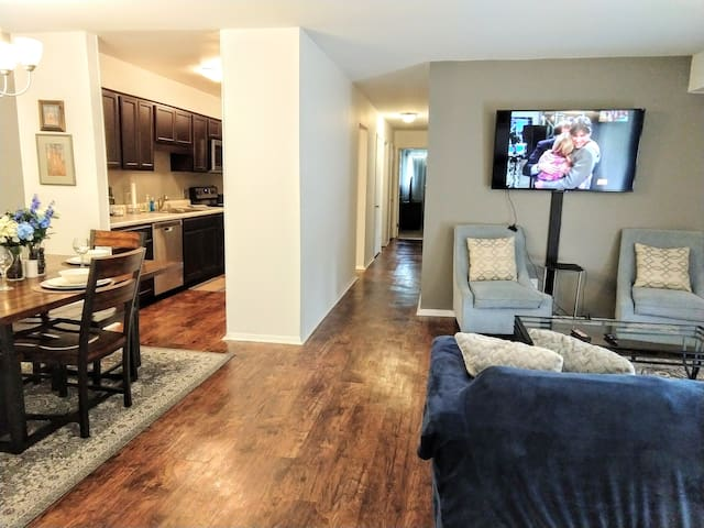 Inviting Condo in Central Raleigh
