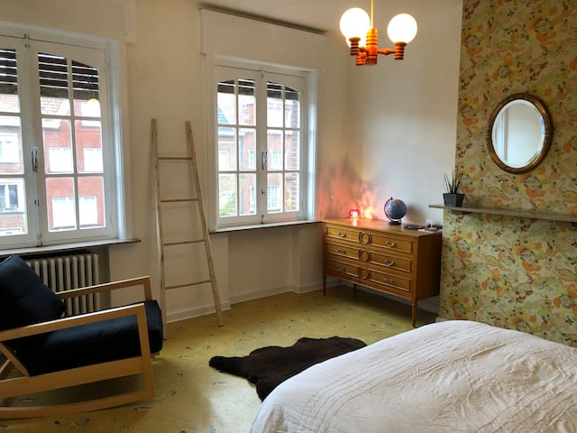 Room in charming town house in Kortrijk