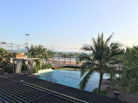 @ 2 Bedroom Beachfront condo at Pattaya ❤️