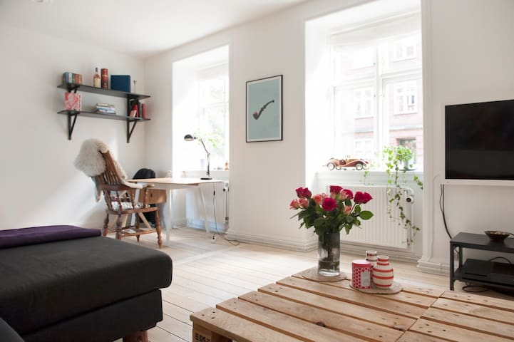 Charming Flat near Metro and Beach - Copenhagen - Flat