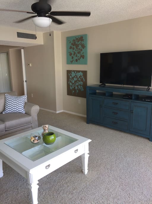 The condo comes with three brand new flat screen tv's including a 60 inch in the main area.