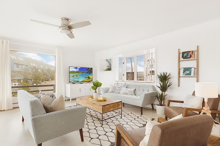 Ocean & Inlet View 2 Bed Apartment