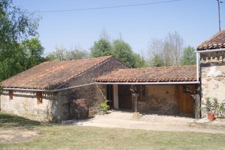 Comfortable Gite with Equestrian Facilities