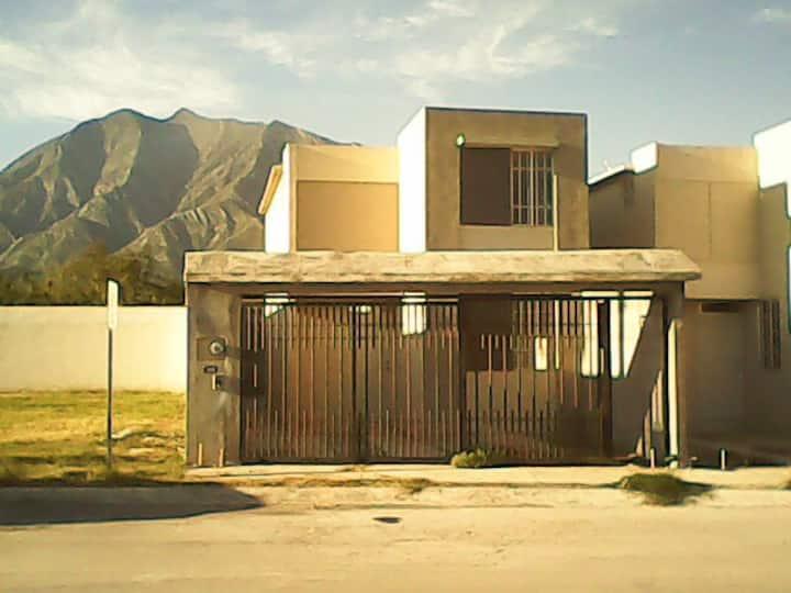 Casa Garcia NL (solo por semana, quincena o mes)