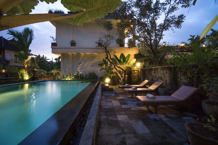Arnawa Bungalows with Swimming Pool