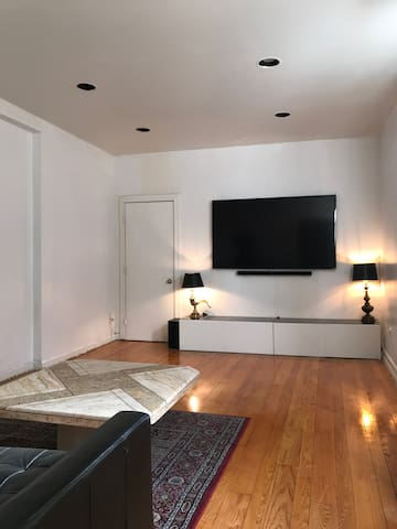 1 BR UPPER EAST SIDE