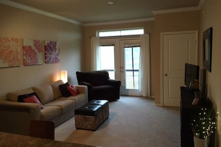 Cozy top-level 1-bedroom Apt. with heated parking - Eden Prairie