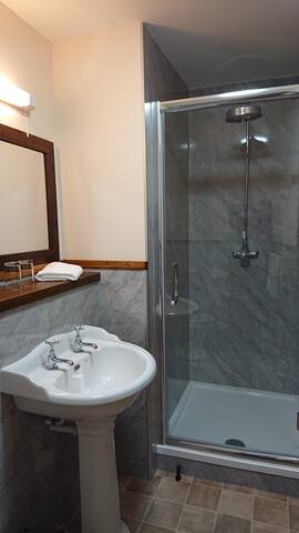 Standard Double Rooms With Ensuite Bathroom