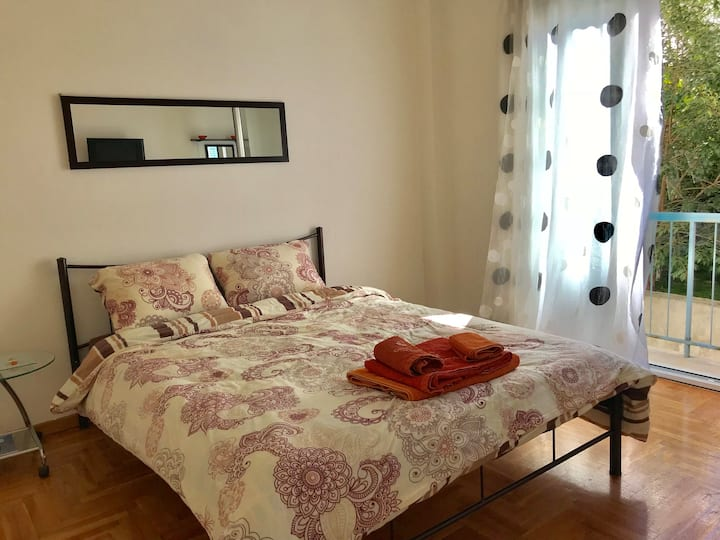 Nice flat in pagrati / Athens city center